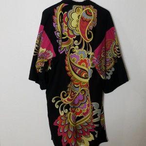 Gorgeous kimono boho wrap with Pockets!
